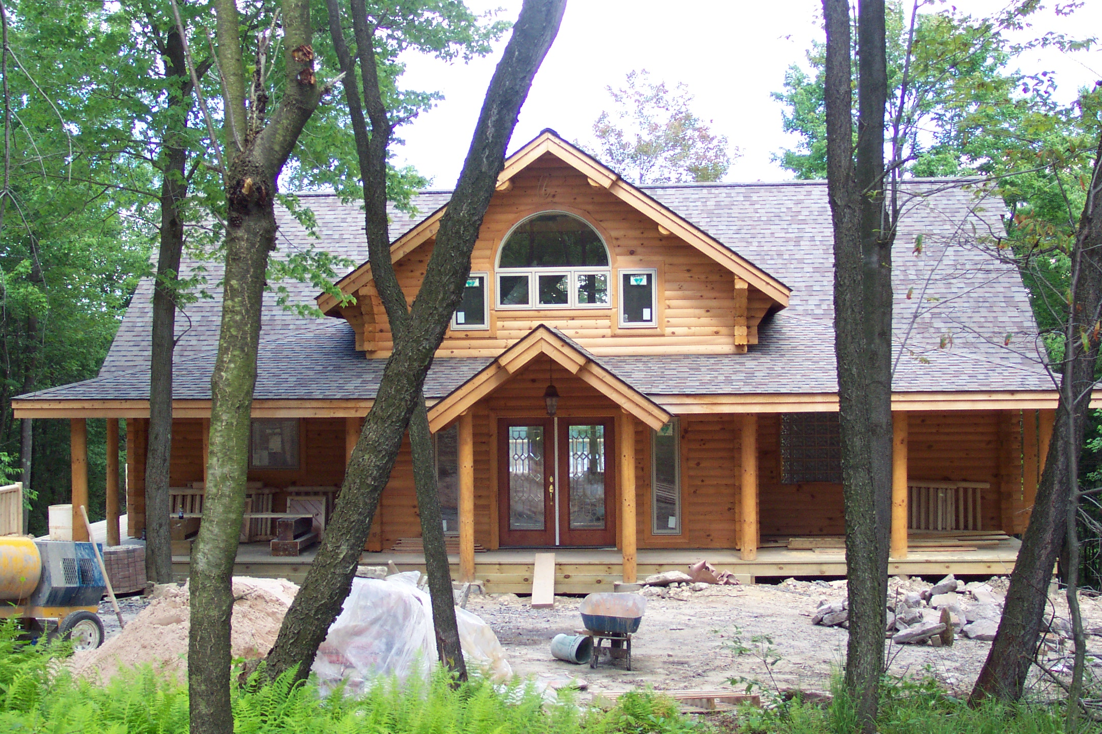 Mountaineer log homes deep creek lake maryland deep for Creek house